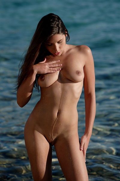 Nice Babe Topless On The Beach Video