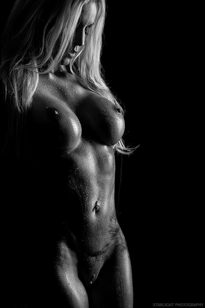 filiphina nude art model