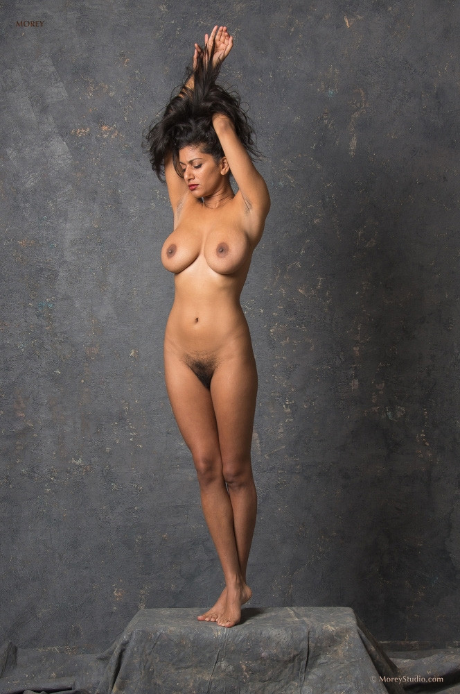 Naked no clothes