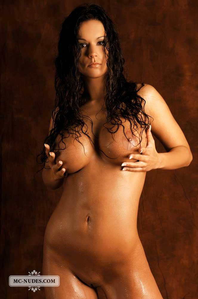 Newly married girl nude photo