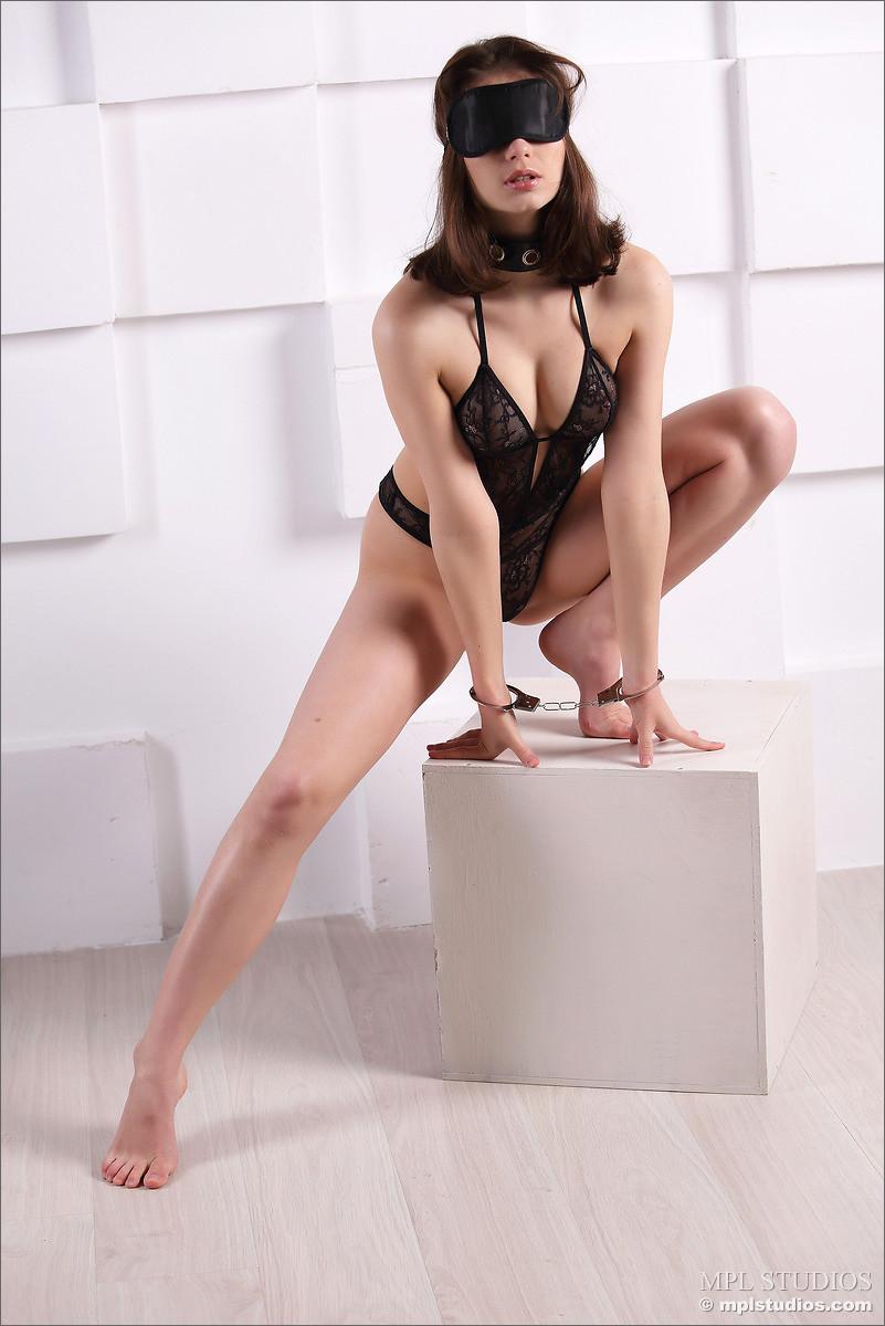 MPL Studios Jenna Nude Pictures 02