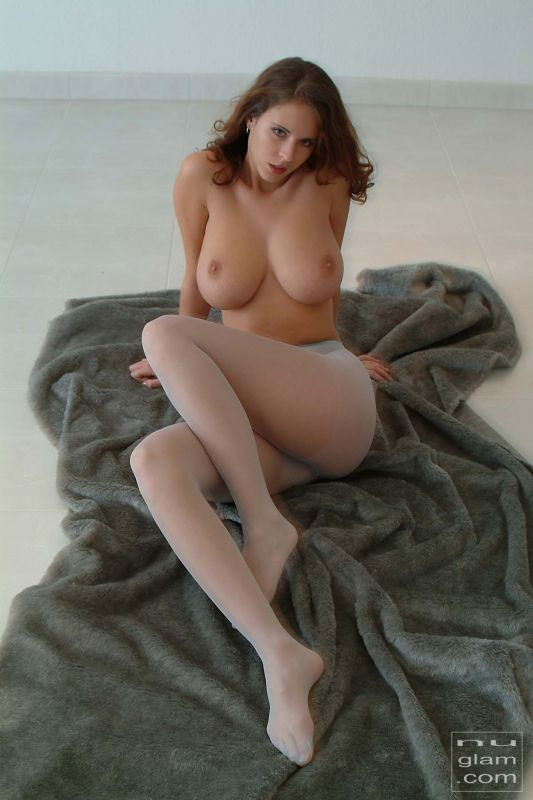 NuGlam Nude Models Picture 03