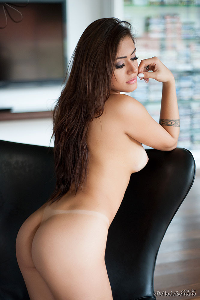 Bella Club Model Amanda Maquellen