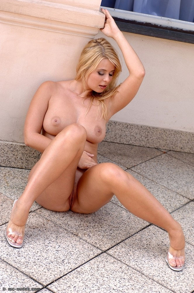 MC Nudes - Nude Model Kelly 05