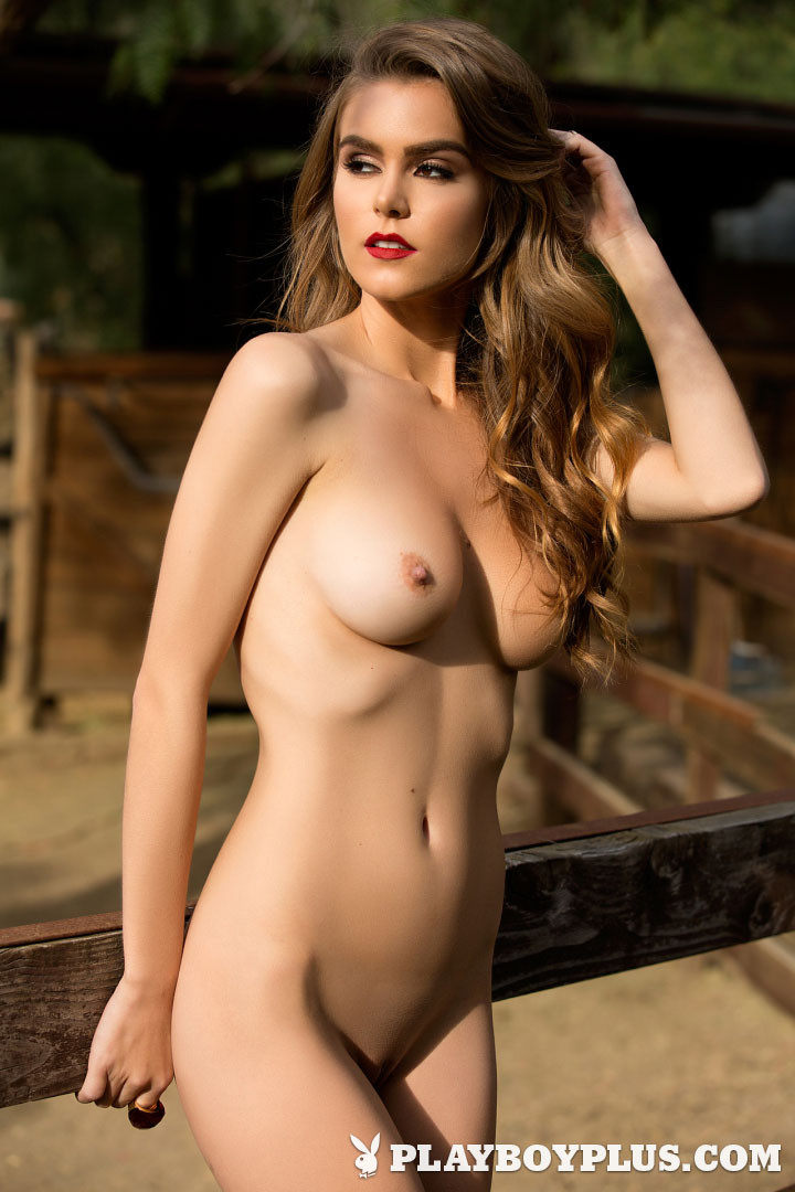 PlayboyPlaymate Amberleigh West Nude Photos 03