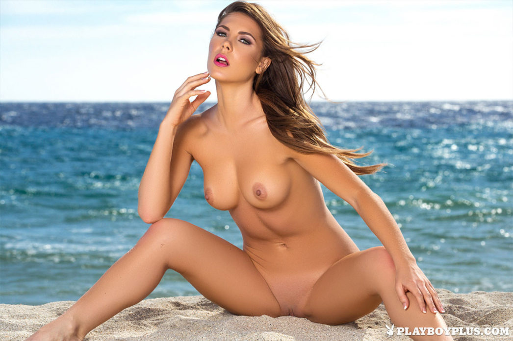 Playboy Cybergirl Gia Ramey-Gay Nude Picture 04