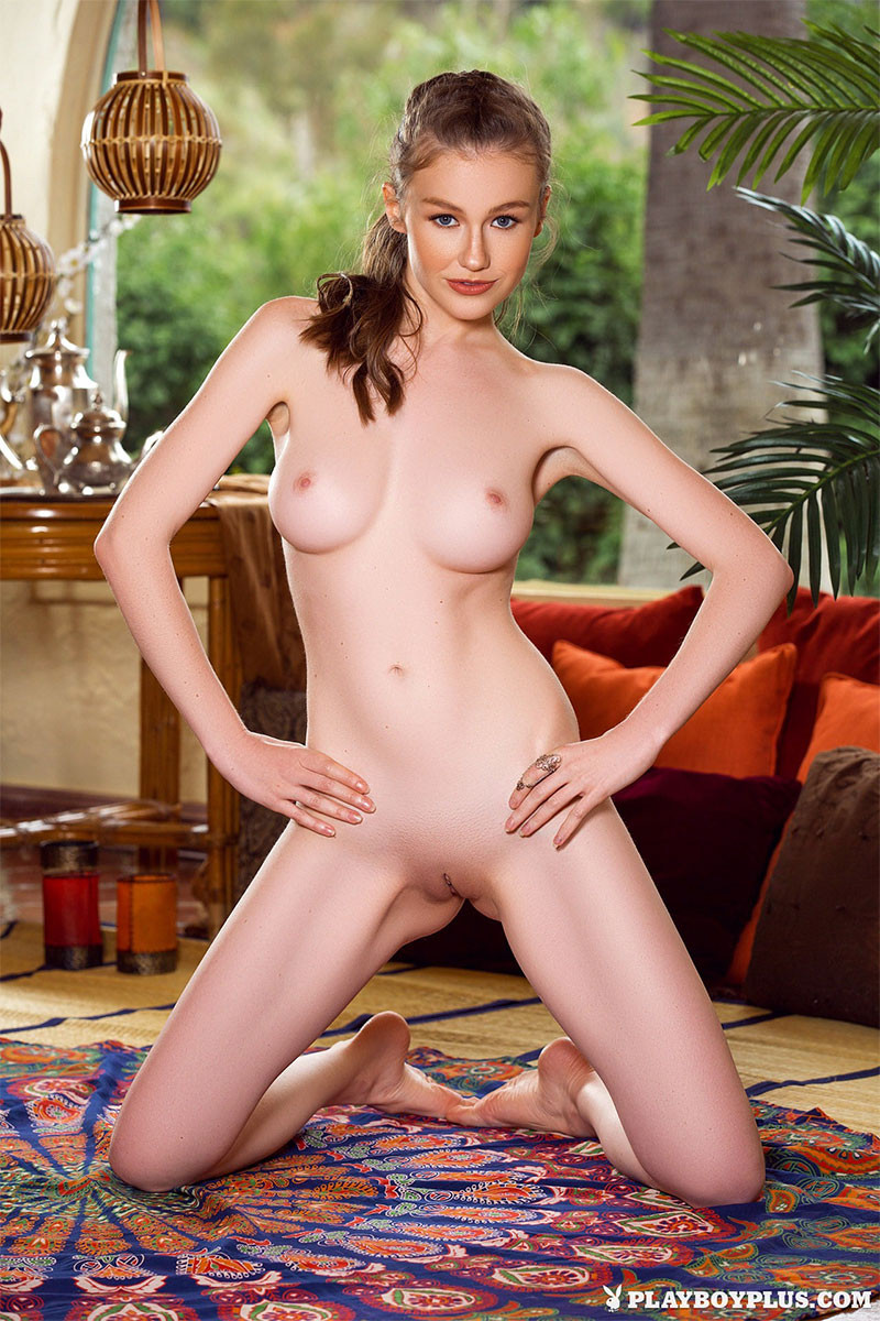Playboy Cybergirl Emily Bloom Nude Pictures