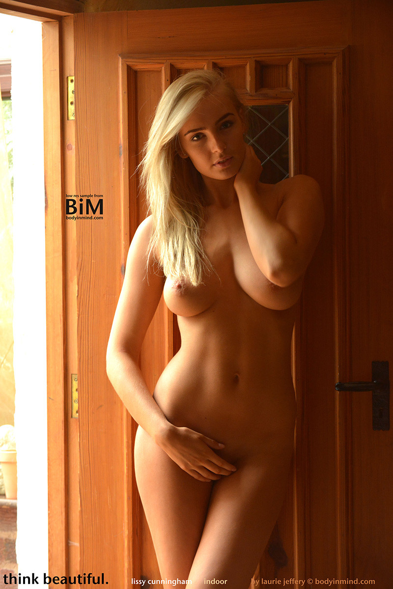 Body In Mind Nude Model Lissy Cunningham