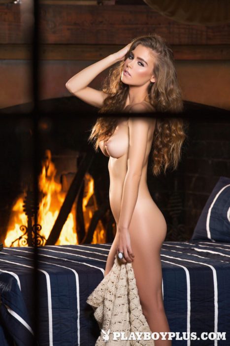 Playboy Playmate Amberleigh West Nude Pictures