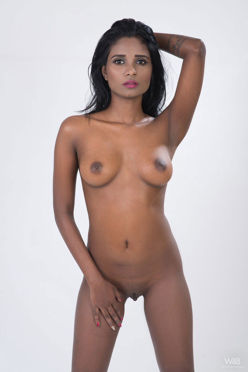 Nude Indian Beauty Photos